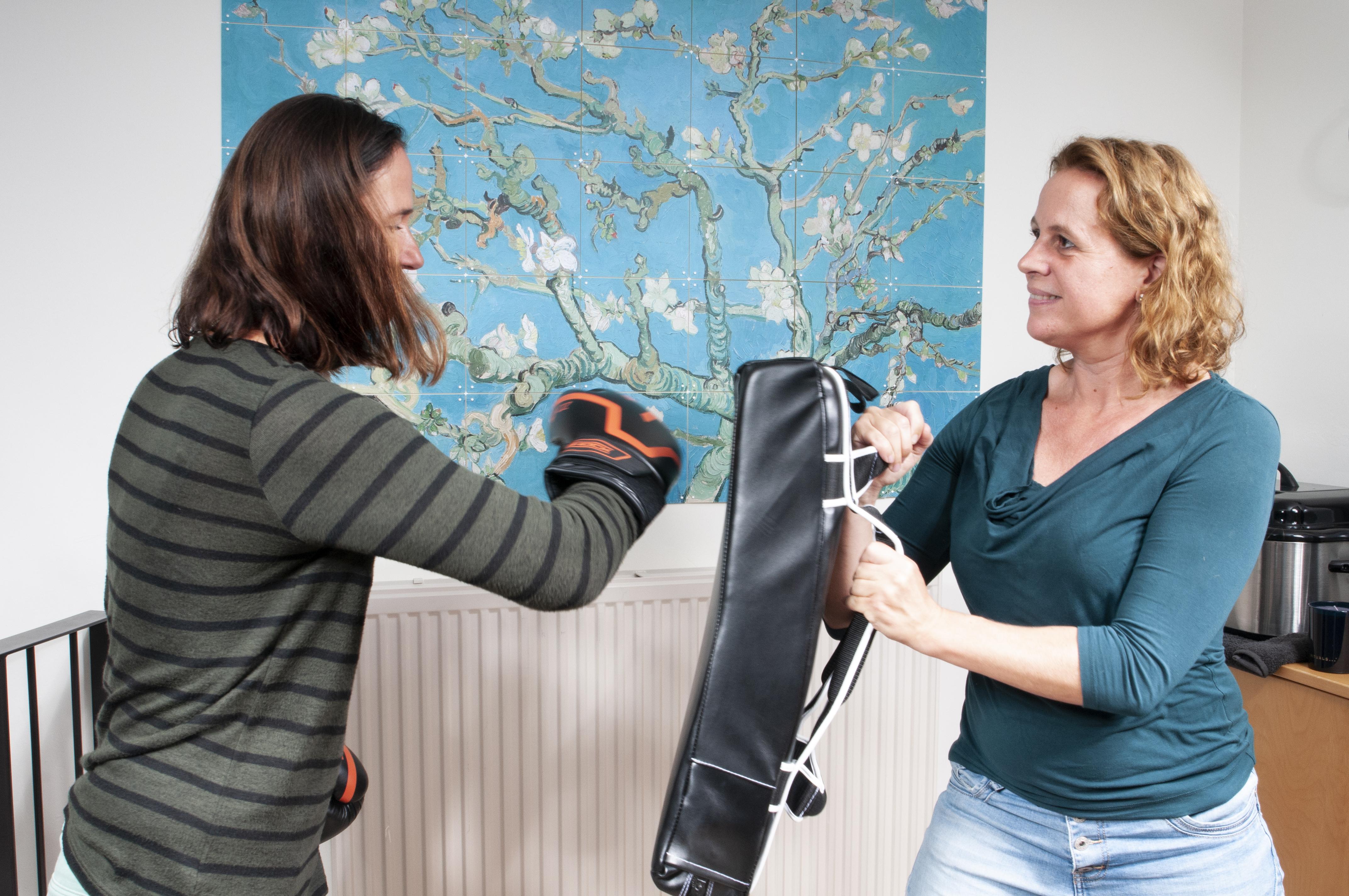 Haptotherapie - oefening met boxen - voor jezelf opkomen