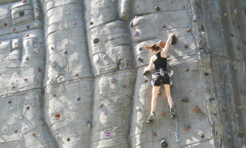 haptotherapie: aangaan van angst door middel van klimmen